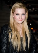 Эбигейл Бреслин, фото 24. Actress Abigail Breslin attends the Vanity Fair party during the 10th annual Tribeca Film Festival at State Supreme Courthouse on April 27, 2011 in New York City., photo 24
