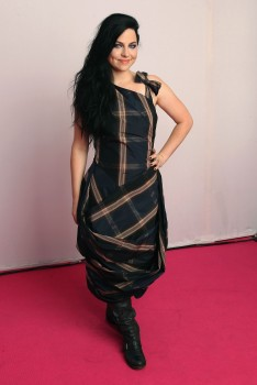 *Adds + 22 more adds*Amy Lee Posing Backstage @ MTV Europe Music Awards November 6, 2011 HQ x 2