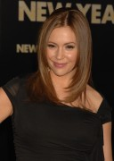Алисса Милано, фото 2666. Alyssa Milano Los Angeles premiere of 'New Year's Eve' at Grauman's Chinese Theatre on December 5, 2011 in Hollywood, California, foto 2666