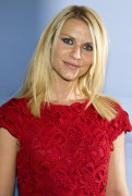 Claire Danes - Valentino Garavani Virtual Museum Launch party at the IAC - 12.07.11 - HQ x 7