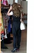 Дженнифер Лав Хьюит, фото 9053. Jennifer Love Hewitt - out shopping in Hollywood 03/01/12, foto 9053