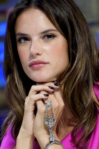 Алессандра Амброзио, фото 8181. Alessandra Ambrosio On 'El Hormiguero' TV Show in Madrid, 05.03.2012, foto 8181