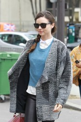 Миранда Керр, фото 3747. Miranda Kerr - arriving at the Miu Miu runway show, Paris - March 7, foto 3747