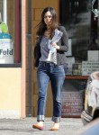 Рейчел Билсон, фото 8404. Rachel Bilson - drops by a liquor store in Los Feliz, March 7, foto 8404